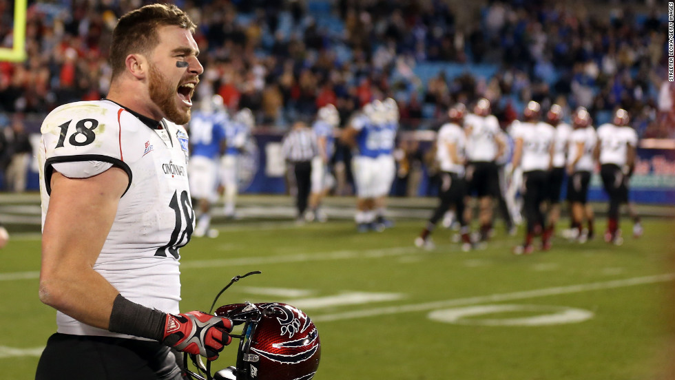 Travis Kelce of the Cincinnati Bearcats celebrates after scoring the game-winning touchdown on December 27.