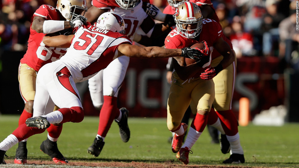 LaMichael James of the San Francisco 49ers runs with the ball against the Arizona Cardinals on Sunday.