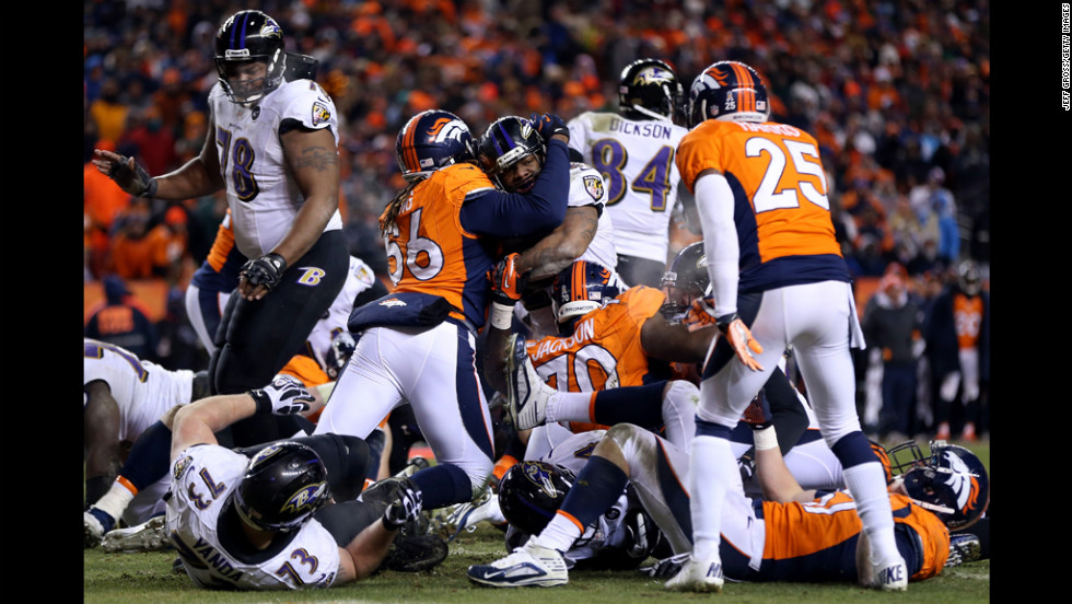 Ray Rice of the Ravens scores a 1-yard rushing touchdown in the third quarter.