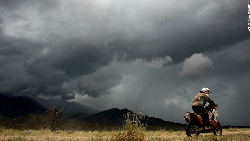 Spain's Jose Israel Borrell Gonzalez rides between Salta and Tucuman on January 12.