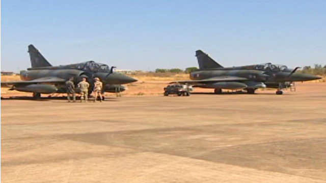 More French fighter jets arrive in Mali