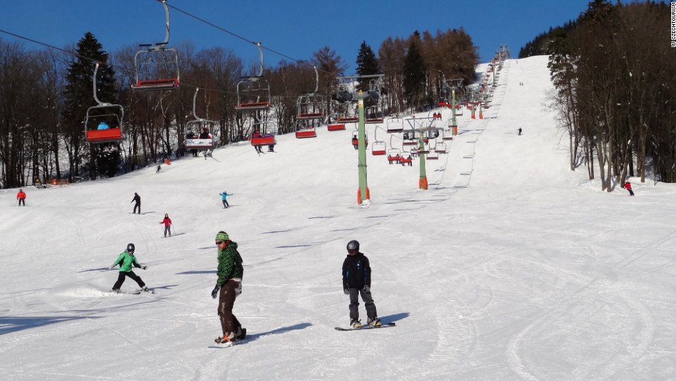 Cerna Hora has 14 slopes and is accessed by the country's only eight-person gondala. The resort is not far from the spa town of Janské Lázně, home to thermal pools and a picturesque town center.