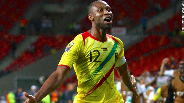 Seydou Keita celebrates his match winning strike for Mali against Niger in Port Elizabeth