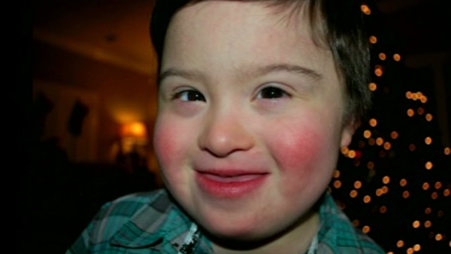 dnt tx waiter defends special needs child_00010517.jpg