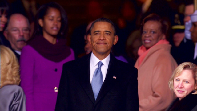 inaug2013 obama stops to take a moment_00001615.jpg