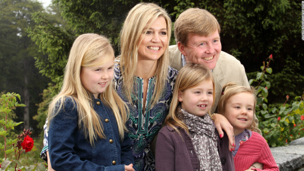 Willem-Alexander and Maxima pose with their daughters as the Dutch royal family celebrates Christmas 2012 in Villa la Angostura, Argentina.
