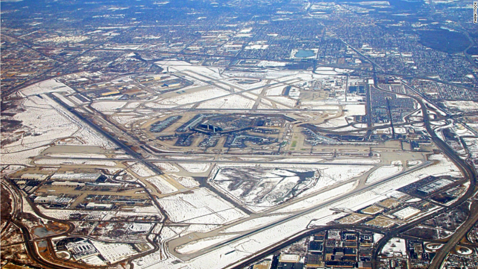 ChicagoAtlanta Airport Rivalry Heats Up CNN Travel - Biggest airport in usa