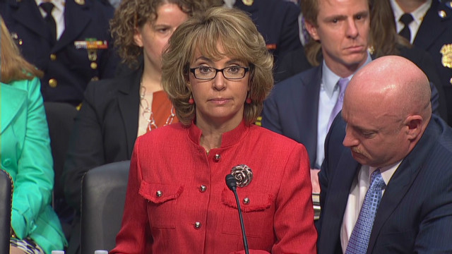 Giffords to gun panel: You must act now
