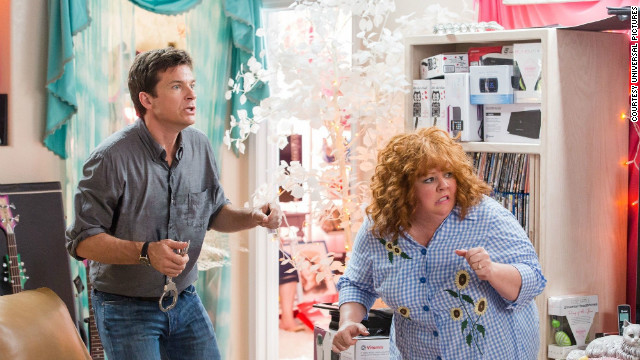 "Jason Bateman stars as Sandy and Melissa McCarthy stars as Diana in the film ""Identity Thief."""