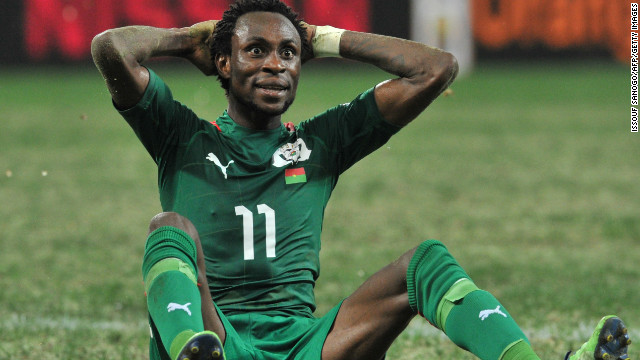 Burkina Faso star Jonathan Pitroipa will be eligible for Sunday's final after his red card was rescinded by CAF.