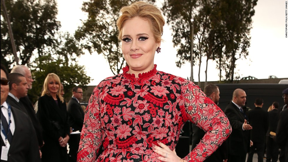 Adele's new album not due until 2015