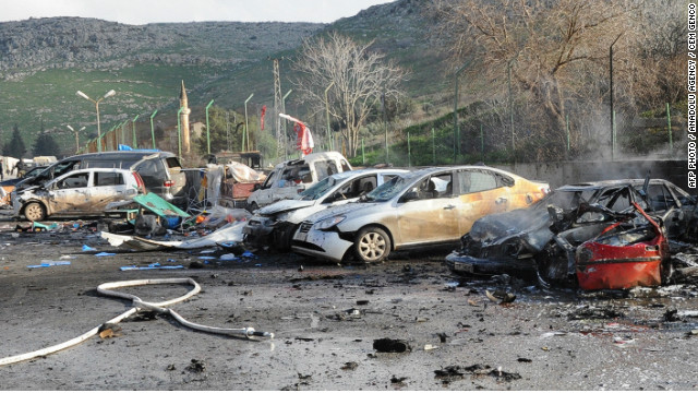 Minivan explodes at Turkey-Syria border