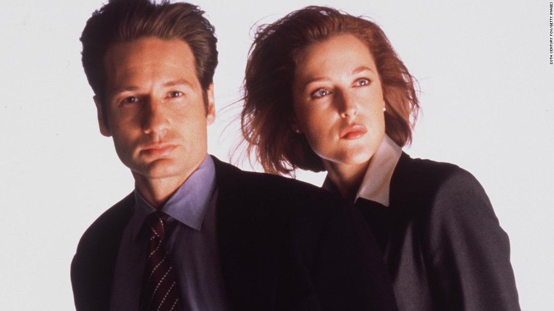 "Meet sci-fi's power couple. Agents Fox Mulder and Dana Scully brought sex appeal to the paranormal as every glance between the two was analyzed by fans in the early days of the Internet. David Duchovny eventually left the series, and interest in ""The X-Files"" waned when Gillian Anderson paired up with Robert Patrick (any romance was out of the question). Duchovny returned for the poorly received finale and even more poorly received second movie. They're trying again in a new series."
