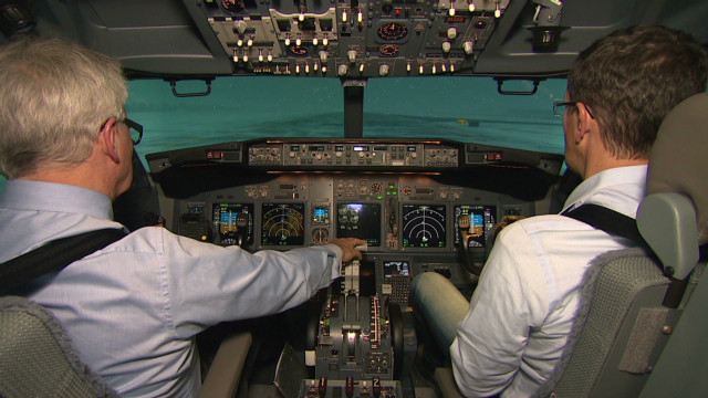 Simulators help pilots master snow
