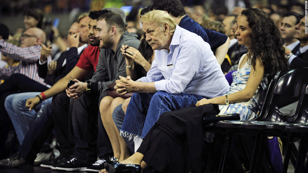 "Los Angeles Laker owner <a href=""http://www.cnn.com/2013/02/18/us/california-jerry-buss-dead/index.html"" target=""_blank"">Jerry Buss</a> died February 18 at age 80. Buss, who had owned the Lakers since 1979,  was credited with procuring the likes of Earvin ""Magic"" Johnson, James Worthy, Shaquille O'Neal and Kobe Bryant. The Lakers won 10 NBA championships and 16 Western Conference titles under Buss' ownership."