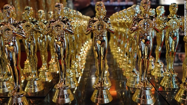 Oscars statuettes are lined up in a local souvenir shop 10 days prior to this year's upcoming Oscars, the 85th Academy Awards, in Hollywood, California, on February 14, 2013. The ceremony is scheduled for February 24, 2013.