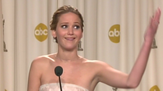 oscar.post.presser.jennifer.lawrence_00022319.jpg