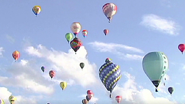 How to stay safe in a hot air balloon