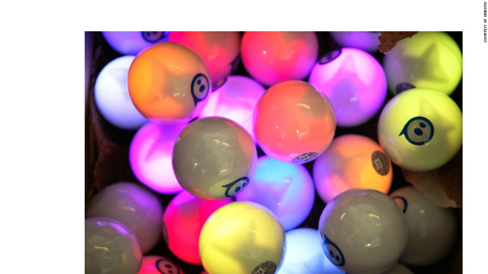 Spheron's robotic balls, which can be controlled by Bluetooth-enabled mobile devices, were a hit at the Mobile World Congress