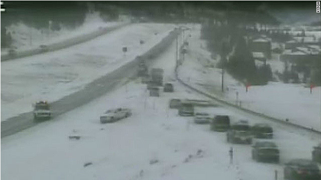 Pileup closes interstate in Colorado