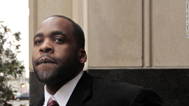 Detroit ex-mayor convicted of corruption