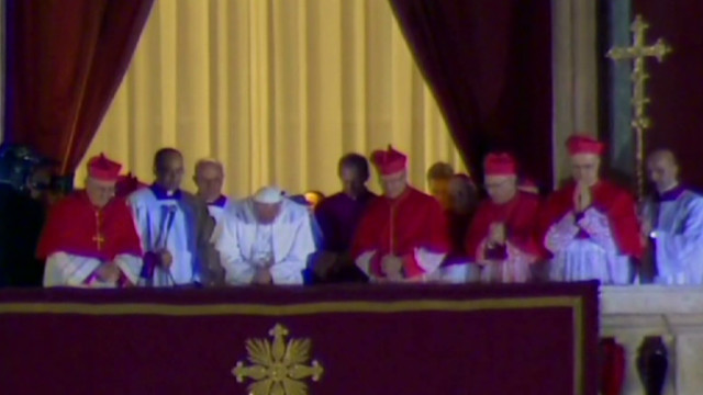 exp early.marquez.pope.francis.pkg_00013309.jpg