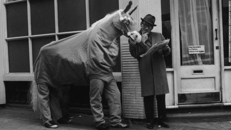 Despite English comedian  Arthur Askey's take on horse racing punters, betting is no laughing matter in Britain with more than £12 billion ($18 billion) wagered  annually. But what are the legendary gambling stories of the track?