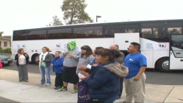 cnnee hurtado us immigration caravan_00002726.jpg