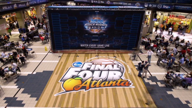 Time lapse of giant NCAA brackets