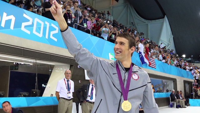 Phelps rejects swimming comeback