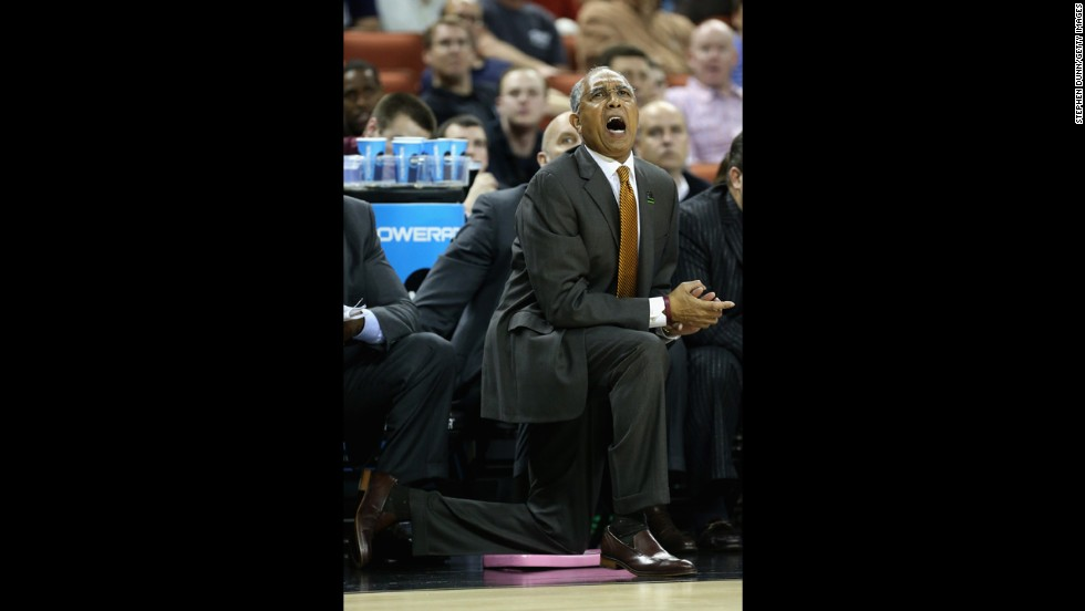 Head coach Tubby Smith of the Minnesota Golden Gophers yells to his team during play against the UCLA Bruins on March 22.