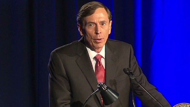 Petraeus apologizes for affair