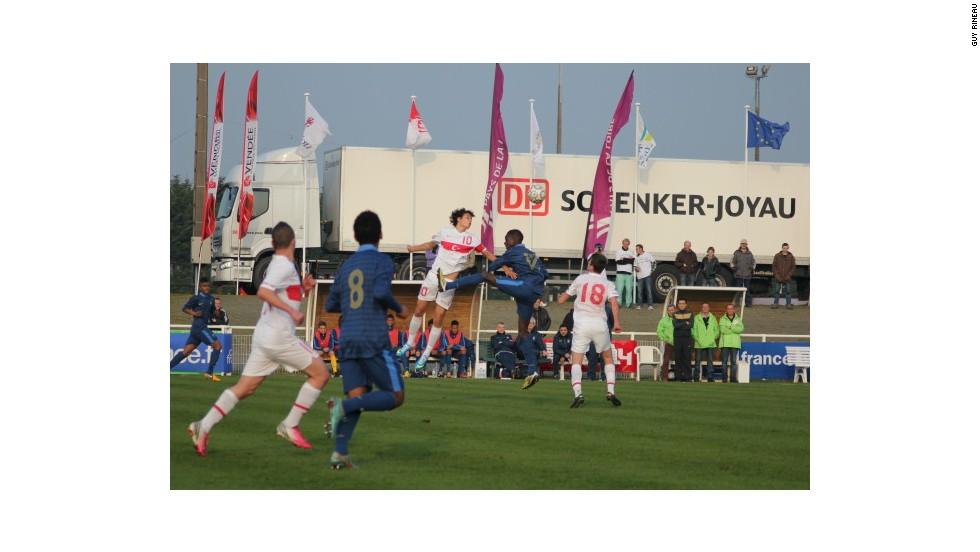 France and Turkey shared a 2-2 draw in the opening match of the 2013 nations tournament.