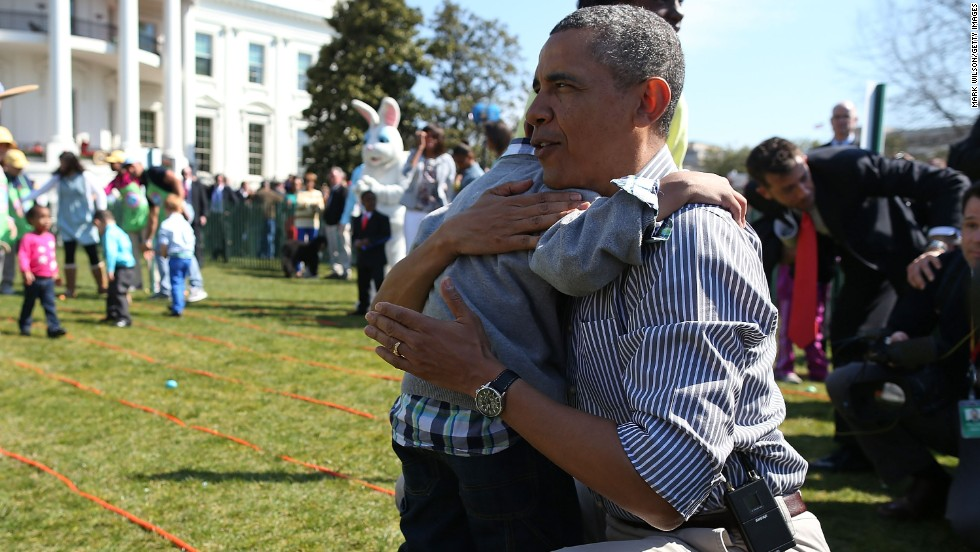 Obama gives Donaivan a hug.