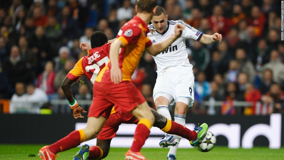 Karim Benzema doubled Real's lead on 29 minutes after Michael Essien's cross caused confusion in the Turkish defense and left the striker with a simple finish.
