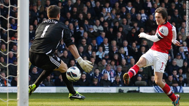 Czech midfielder Tomas Rosicky puts Arsenal 2-0 up against West Brom with his second goal on Saturday.