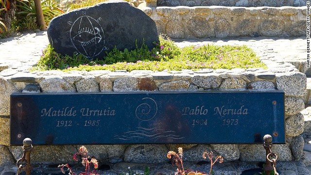A view of the tomb of Chilean poet Pablo Neruda in Isla Negra, some 120 km (75 miles) west of Santiago, on April 7, 2013.