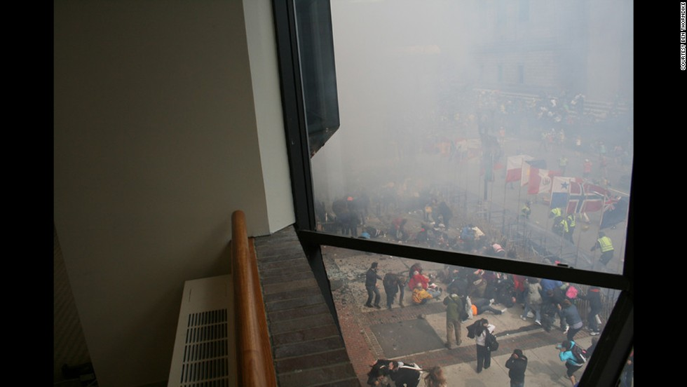 The image ends the sequence of photos showing the moments immediately after the blast.