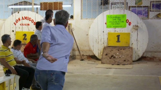 Anthony Bourdain plays a game of Tejo in Santiago de Cali, Colombia. From Episode 3 of Anthony Bourdain Parts Unknown.