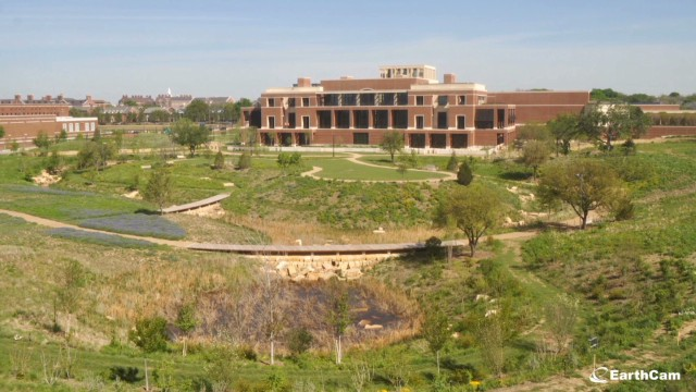 Time lapse of Bush library construction