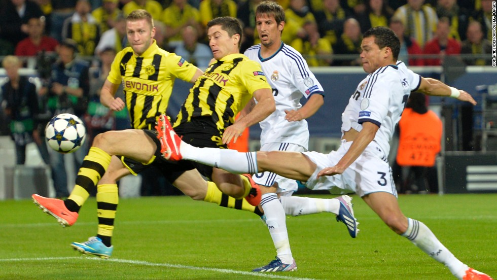 Dortmund made the perfect start when Robert Lewandowski fired home an eighth-minute opener from close range.