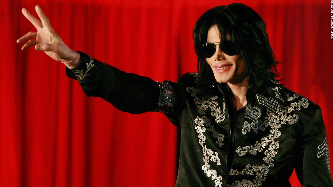 US popstar Michael Jackson addresses a press conference at the O2 arena in London, on March 5, 2009. (Photo credit should read CARL DE SOUZA/AFP/Getty Images)