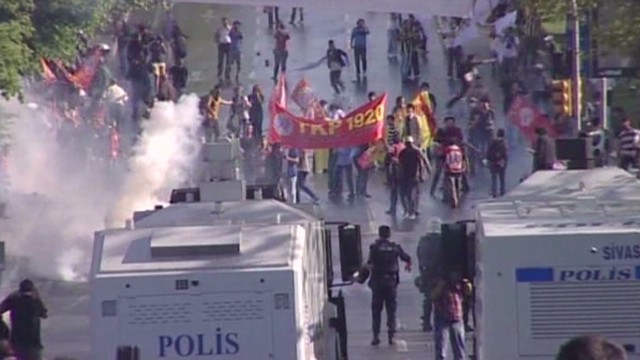 Turkey halts May Day protesters