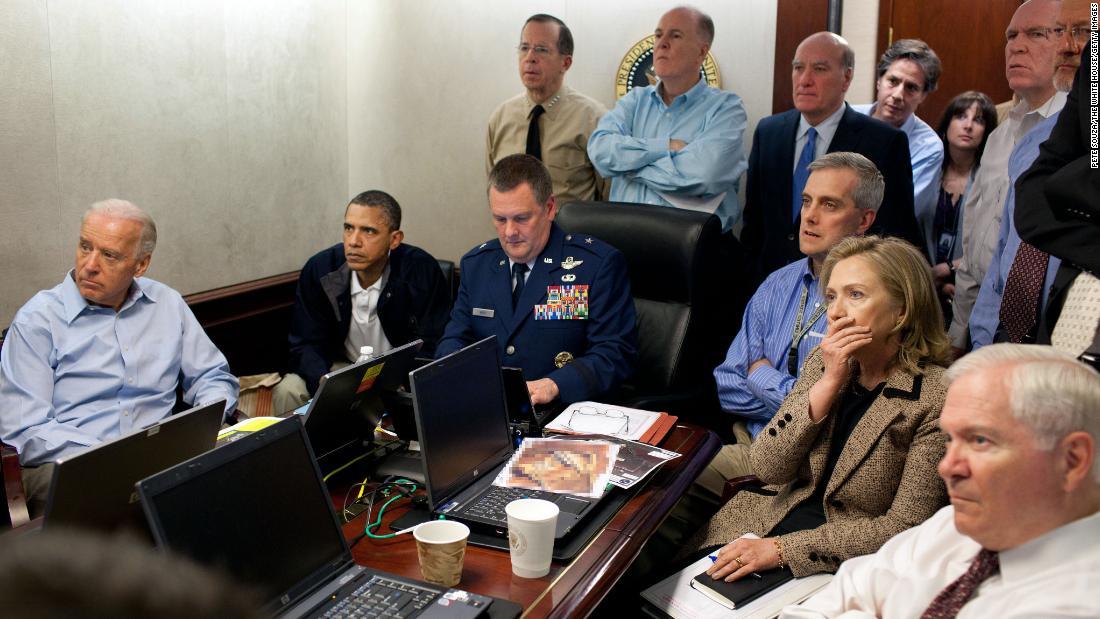 Ex-SEAL says he fired final bin Laden shot