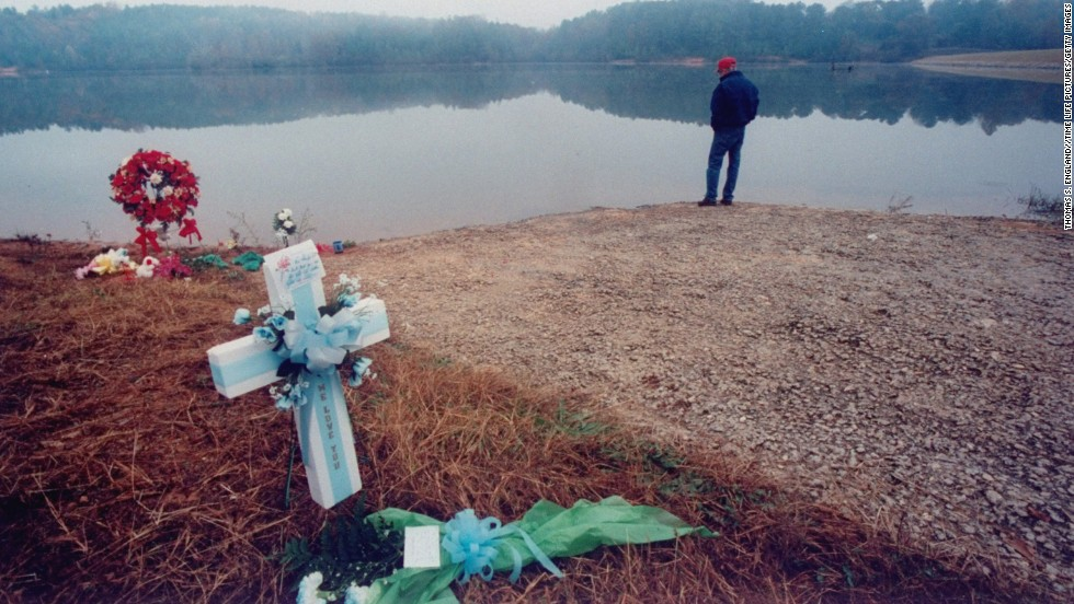 Susan Smith was convicted of murdering her two sons by strapping them into a car and rolling the car into a lake in 1994. Clarke portrayed Smith as a woman so tormented by her failures in life that she even failed at her own suicide and jumped out of the car. Smith did not receive the death penalty.