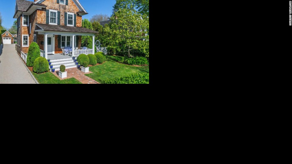 "Brooke Shields snapped up this <a href=""http://luxe.truliablog.com/2013/03/28/brooke-shields-buying-hamptons/"" target=""_blank"">home in the Hamptons</a> for a mere $4.3 million."
