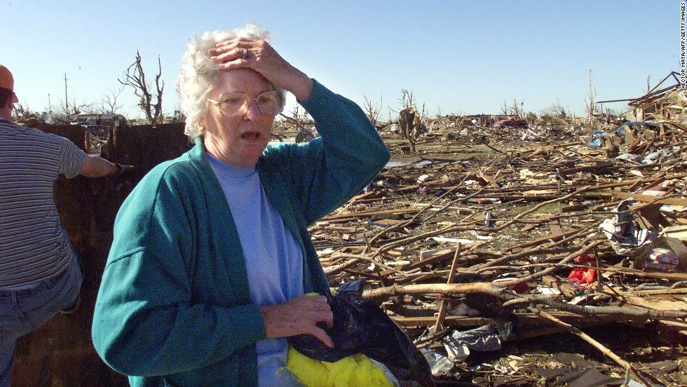 Nan Goines reacts as she looks at the remains of her daughter home on May 5, 1999, in Midwest City.
