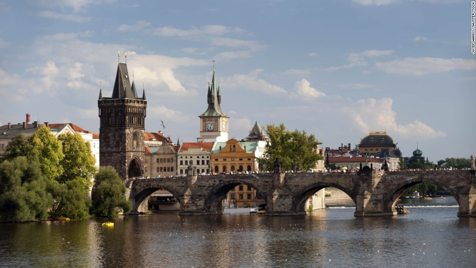 Charles Bridge, Prague, Czech Republic.