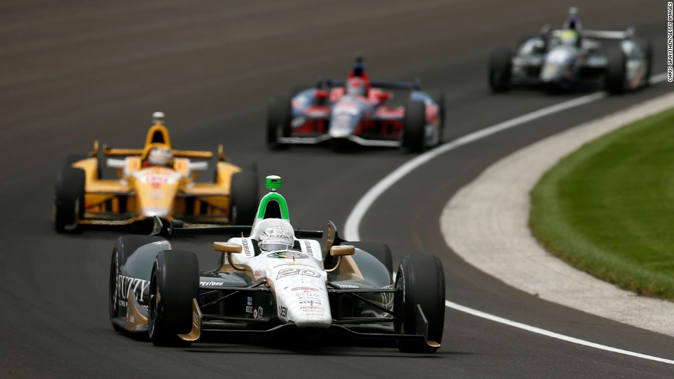 Ed Carpenter in car No. 20 leads a pack.