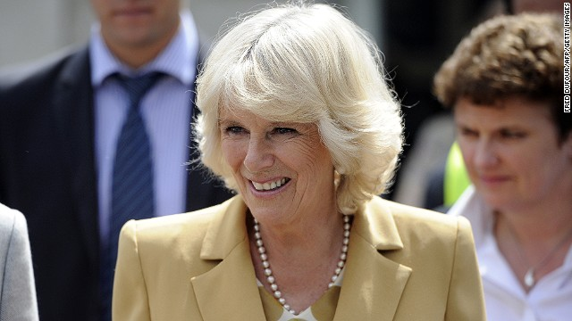 Camilla, Duchess of Cornwall visits the French charity association Emmaus second-hand store as the association's leading patron on May 27, 2013 in Bougival, west of Paris. Camilla began her first solo official visit abroad on May 27, a two-day sojourn to Paris that will include a tour of the Louvre, and a stop at a haute couture workshop.